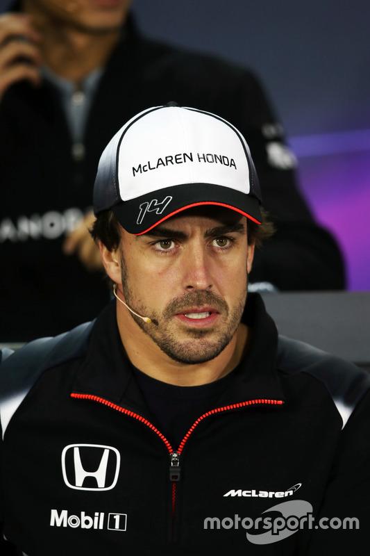 Fernando Alonso, McLaren in de persconferentie