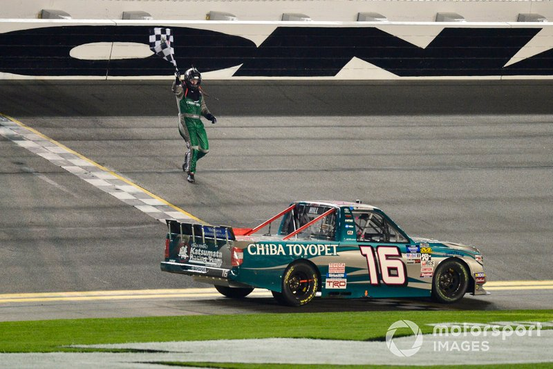 Austin Hill, Hattori Racing Enterprises, Toyota Tundra CHIBA Toyopet celebrates after winning