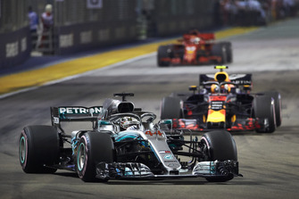Льюіс Хемілтон, Mercedes AMG F1 W09 EQ Power+, Макс Ферстаппен, Red Bull Racing RB14