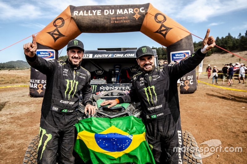 Reinaldo Varela e Gustavo Gugelmin comemoram título do Rally Cross Country da FIA