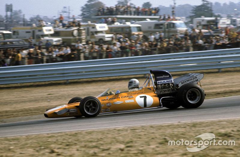 Со старта лидерство захватил Хьюм, но еще до конца первого круга вперед вышел Стюарт. Фиттипальди сразу откатился назад, а на третье место вышел еще один пилот Tyrrell, француз Франсуа Север.