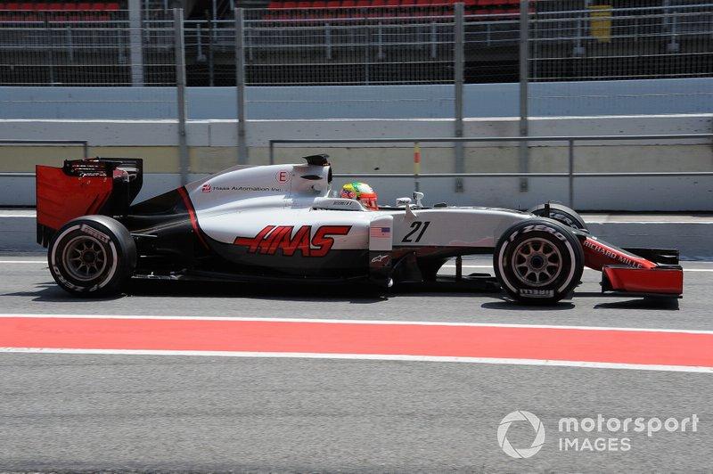 2016: Haas VF-16 Ferrari (одно пятое место место, 8-е место в КК)