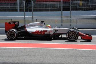 Esteban Gutierrez, Haas VF-16