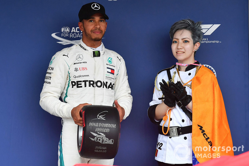 17. GP Jepang - Pole: Lewis Hamilton