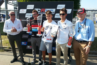 Marcello Lotti, AD di WSC Ltd., con Jean-Karl Vernay, Leopard Lukoil Team WRT, Attila Tassi, Hell Energy Racing with KCMG, e Mikel Azcona, PCR Sport