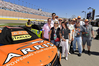 Daniel Suarez, Joe Gibbs Racing, Toyota Camry ARRIS, meet & greet