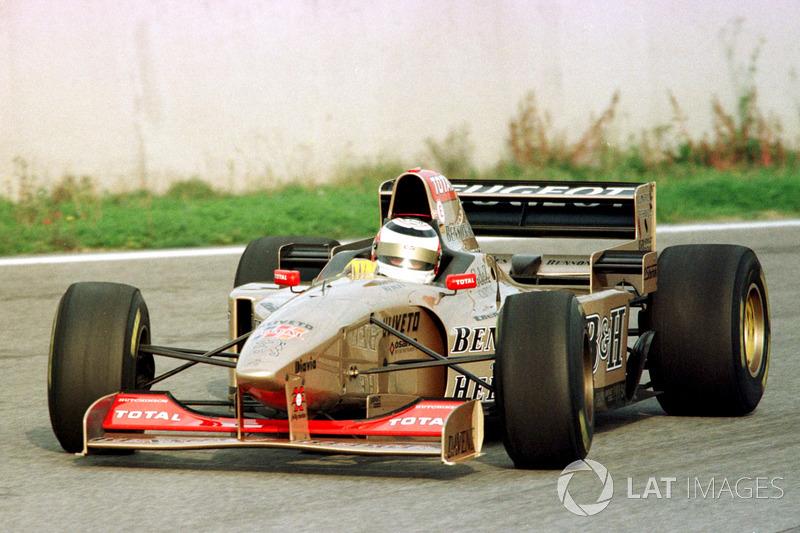 Nigel Mansell prueba el Jordan Peugeot