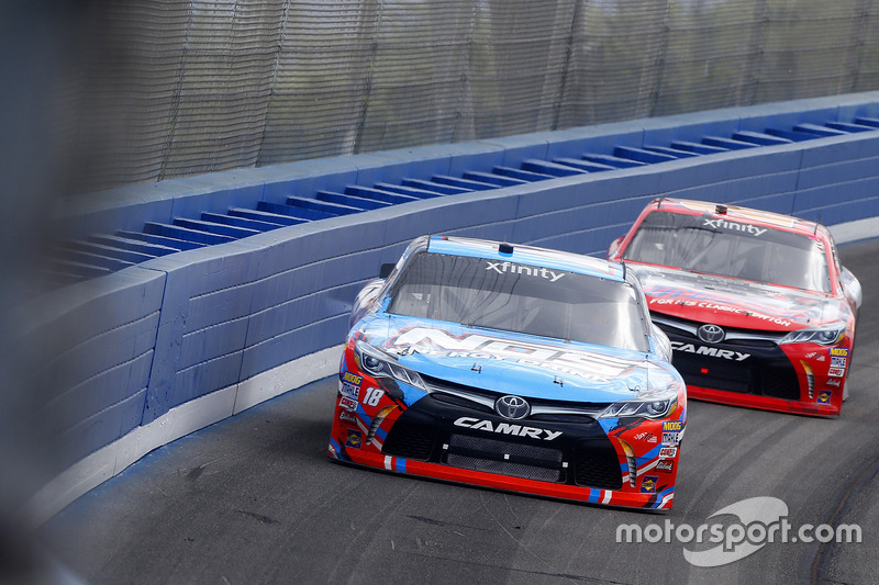 Kyle Busch, Joe Gibbs Racing Toyota, Erik Jones, Joe Gibbs Racing Toyota
