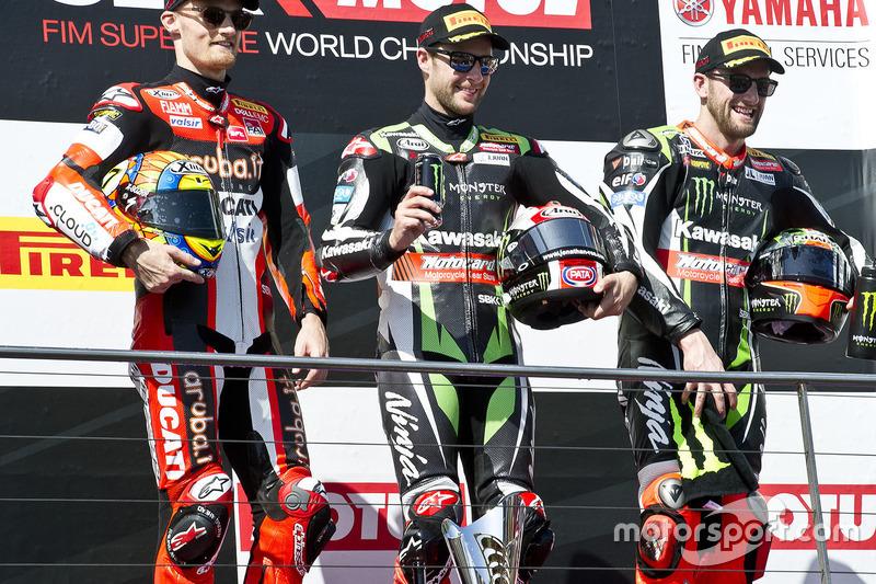 Podium: 1. Jonathan Rea, Kawasaki Racing; 2. Chaz Davies, Ducati Team; 3. Tom Sykes, Kawasaki Racing