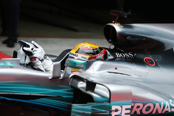 Lewis Hamilton, Mercedes AMG F1 W08, arrives in Parc Ferme