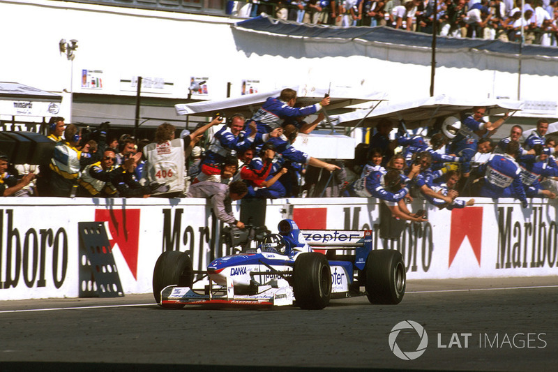 Damon Hill, Arrows A18 Yamaha segundo lugar