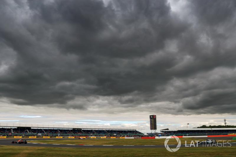 Льюіс Хемілтон, Mercedes-Benz F1 W08, Стоффель Вандорн, McLaren MCL32