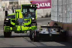 A recovery vehicle removes the car of Jean-Eric Vergne, Techeetah