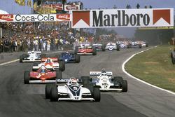 Départ : Nelson Piquet, Brabham BT49C mène