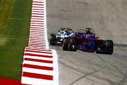 Brendon Hartley, Scuderia Toro Rosso STR12, Lance Stroll, Williams FW40