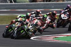 Jonathan Rea, Kawasaki Racing, al comando alla partenza