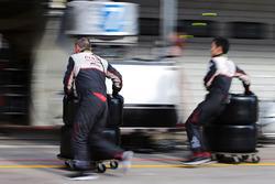Mecánicos de Toyota Gazoo Racing