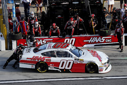 Pit stop, Cole Custer, Stewart-Haas Racing with Biagi-Denbeste Racing Ford Mustang
