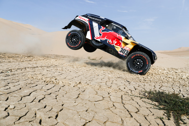 Etapa 3: Al Attiyah vuelve a la carga, pero los Peugeot resisten