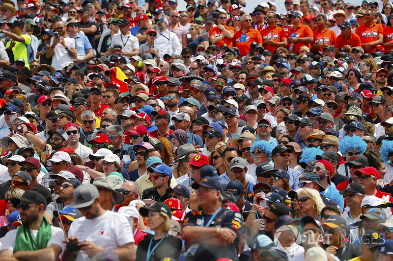 Fans wait prior to the start