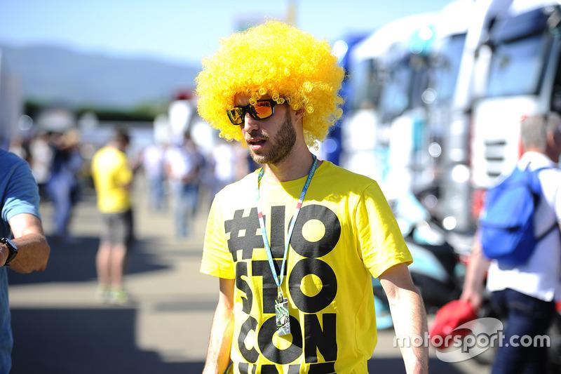Un fan de Valentino Rossi, Yamaha Factory Racing