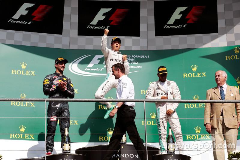 Podyum: Daniel Ricciardo, Red Bull Racing, 2.; Nico Rosberg, Mercedes AMG F1, 1.; Lewis Hamilton, Mercedes AMG F1, 3.
