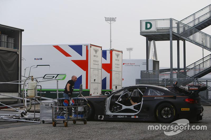 #12 Boutsen Ginion BMW M6 GT3: Maxime Martin