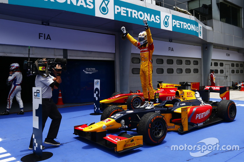 Rennsieger: Antonio Giovinazzi, PREMA Racing