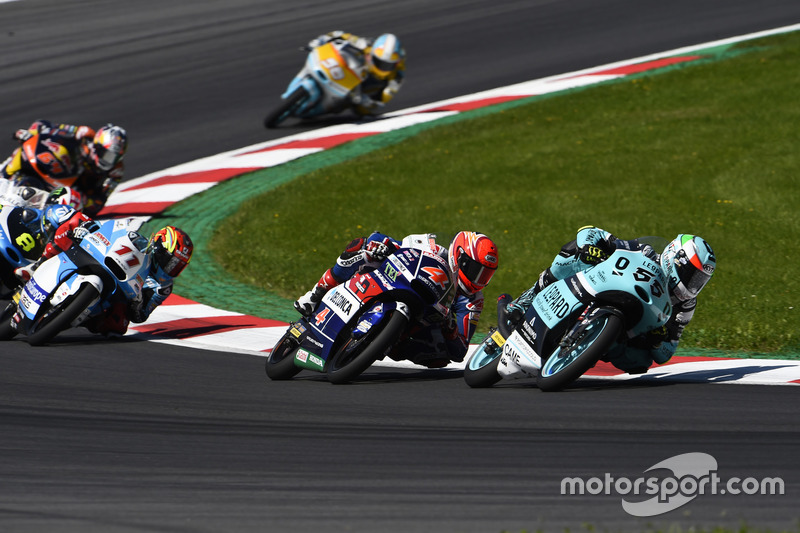 Andrea Locatelli, Leopard Racing, KTM; Fabio Di Giannantonio, Gresini Racing Moto3, Honda