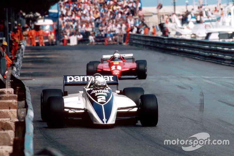 Ricardo Patrese, Brabham BT49D devant Didier Pironi, Ferrari