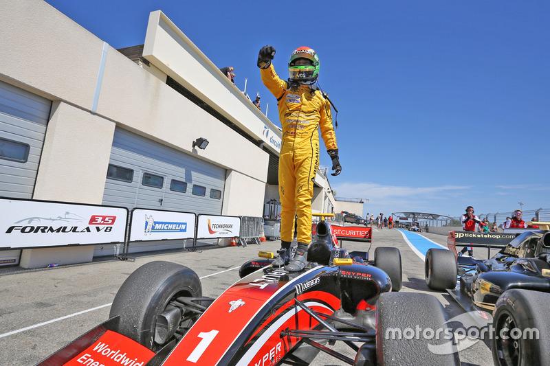 Kazanan Louis Deletraz, Fortec Motorsports