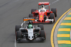Nico Hulkenberg, Sahara Force India F1 and Sebastian Vettel, Ferrari SF16-H