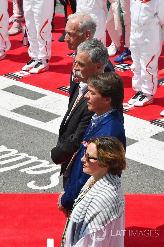 Chase Carey, Chief Executive Officer and Executive Chairman of the Formula One Group on the grid