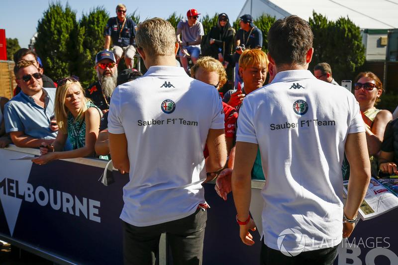 Marcus Ericsson, Sauber, and Charles Leclerc, Sauber