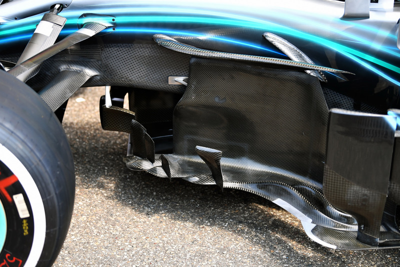 Mercedes-AMG F1 W09 barge board detail