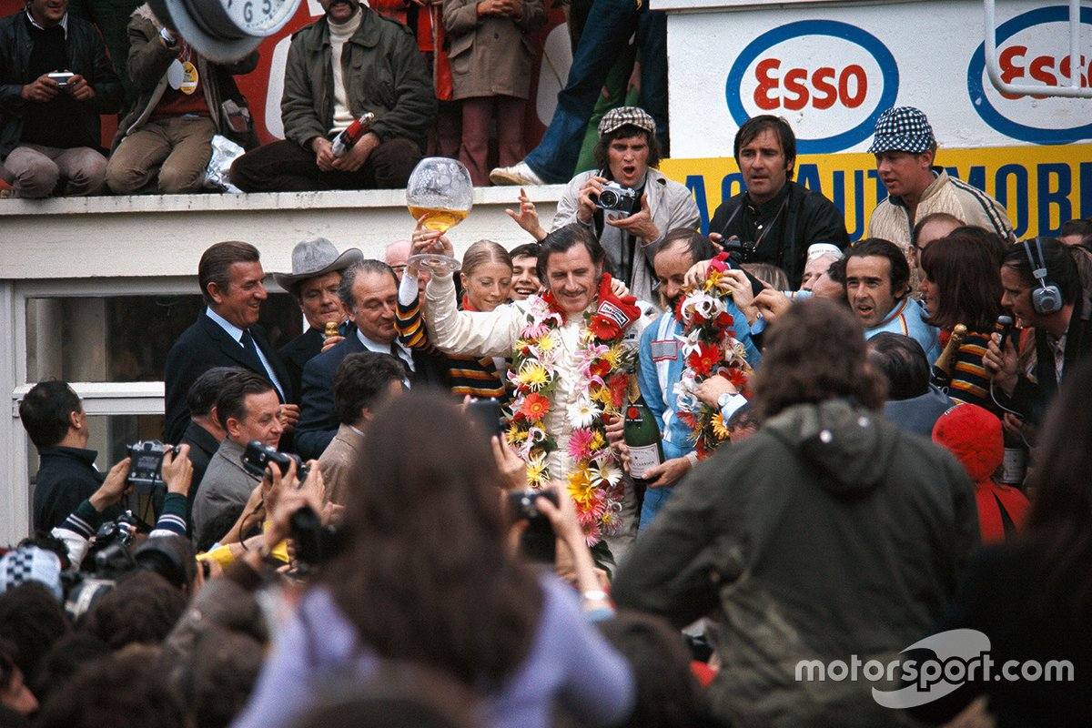Winners Graham Hill, Henri Pescarolo, Matra-Simca