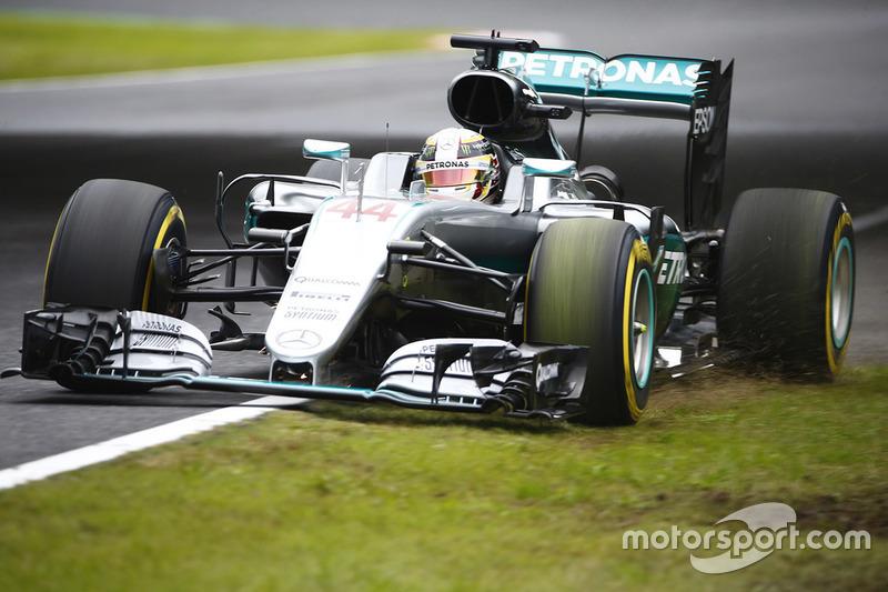 Fahrfehler: Lewis Hamilton, Mercedes AMG F1 W07 Hybrid