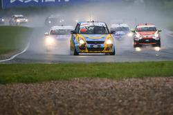 raining race