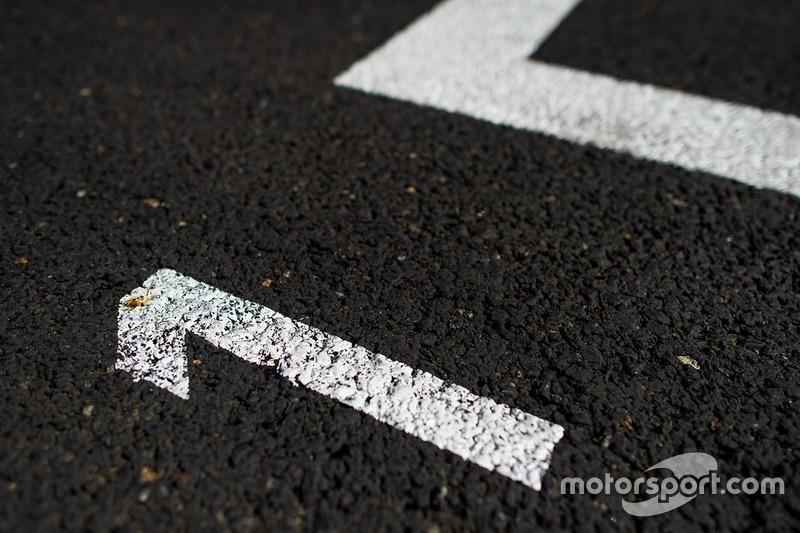 Track grid detail