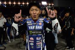 Переможець #21 Yamaha Factory Racing Team: Кацуюкі Накашуга