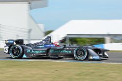 Адам Керролл, Jaguar Racing