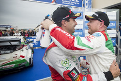 Sieger Rob Huff, Honda Racing Team JAS, Honda Civic WTCC mit Mehdi Bennani, Sébastien Loeb Racing, C