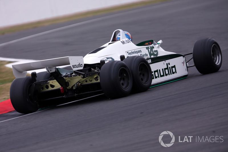Williams FW08B