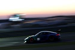 №44 Team Falken Motorsport, Porsche 991 GT3-R: Мартин Раггиннгер, Йорг Бергмайстер, Дирк Вернер, Лоренс Вантхор