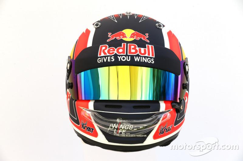 Casco de Daniil Kvyat, Scuderia Toro Rosso