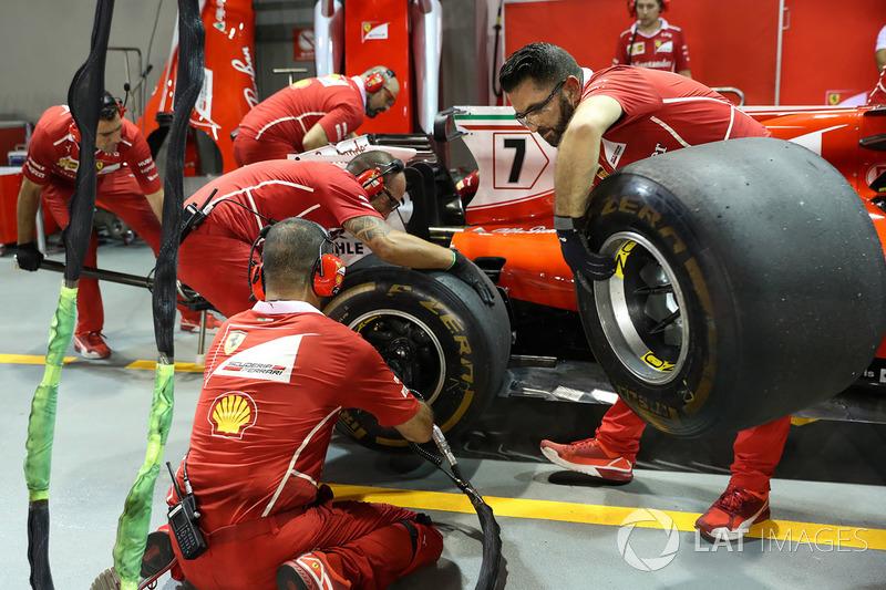 Ferrari: Boxenstopp-Training