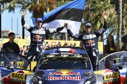 Podium: Sébastien Ogier, Julien Ingrassia, Ford Fiesta WRC, M-Sport