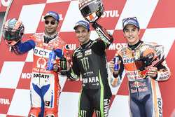 MotoGP 2017 Motogp-japanese-gp-2017-polesitter-johann-zarco-monster-yamaha-tech-3-second-place-danilo