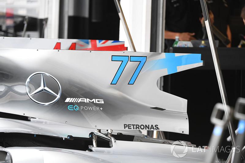 Tapa del motor del Mercedes-Benz F1 W08 Hybrid