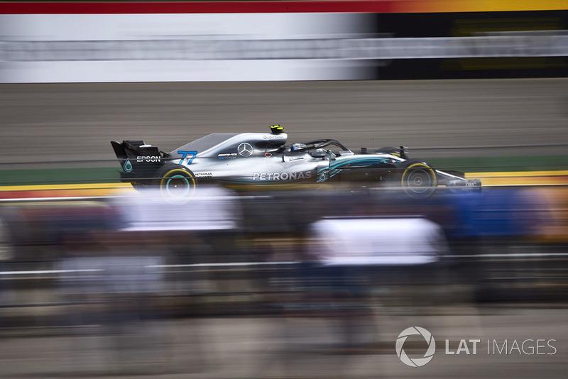 17: Валттері Боттас, Mercedes AMG F1 W09 (штраф)